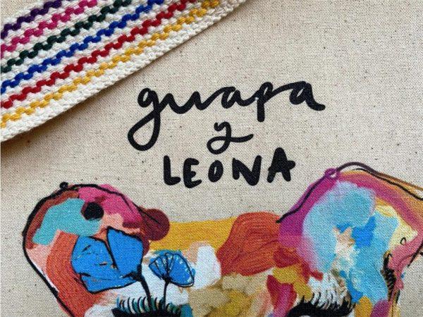 TOTE BAG GUAPA Y LEONA